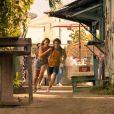 Na segunda temporada de 'Outer Banks', teaser mostra Sarah e John B.  em meio a uma   perseguição a pé