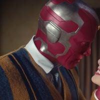 """Paul Bettany, o Visão de """"WandaVision"""", pode não fazer mais parte do universo Marvel. Entenda"""
