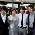 """""""Camp Rock"""" foi lançado em 2008 e estrelado por Demi Lovato e os Jonas Brothers"""