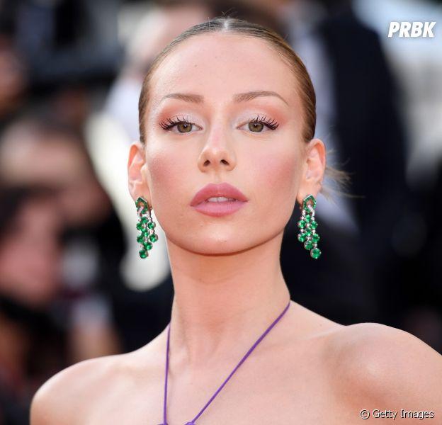 Veja fotos dos looks das famosas no primeiro dia do Festival de Cannes 2021