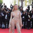 Candice Swanepoel de Etro na pré-estreia de 'Annette' e cerimônia de abertura do 74° Festival de Cannes