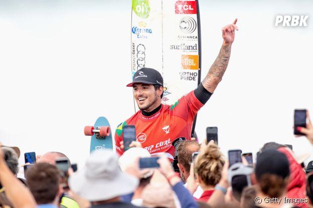 Gabriel Medina chegou em Tóquio e tem chances de levar o ouro no surfe nos Jogos Olímpicos