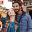 """Larissa Manoela eAndré Luiz Frambach interpretaram o par romântico Ana e João em """"Modo Avião"""", lançado em 2020 pela Netflix  André Luiz Frambach"""