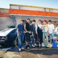 Além do covers em grupo, membros do BTS já fizeram versões solos ou em dupla