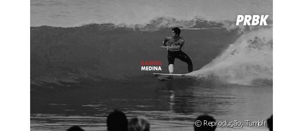 Gabriel Medina faz aniversário de 21 anos! Comemore a data com os 21 melhores GIFs do surfista