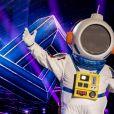 """""""The Masked Singer Brasil"""": Robson Nunes é o famoso por trás da fantasia de astronauta"""