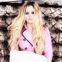 Avril Lavigne desmente boatos de que estava na rehab por causa de drogas!