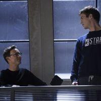 """Em """"The Flash"""": Na 1ª temporada, produtor executivo fala sobre Dr. Wells e o novo amor de Barry!"""