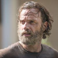 """Série """"The Walking Dead"""": Na volta da 5ª temporada, Rick tenta honrar memória de Beth!"""