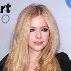 "Avril Lavigne anuncia novo CD e mostra trecho da música ""Give You What You Like""!"