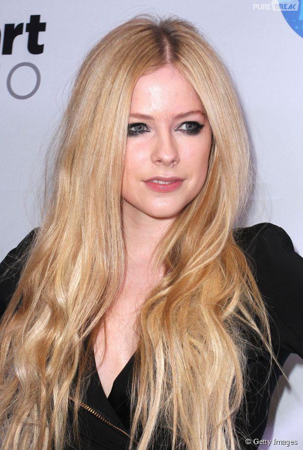 "Saiu o trecho de ""Give You What You Want"", da Avril Lavigne!"