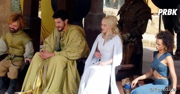 """Algumas cenas das gravações da 5ª temporada de """"Game Of Thrones"""" mostram Tyrion e Daenerys juntos"""