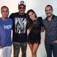 Anitta publica foto ao lado do grupo Sorriso Maroto e grupo anuncia possível parceria!