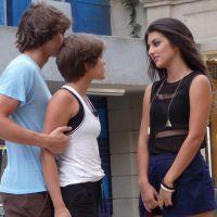 "Novela ""Malhação"": Jade (Anaju Dorigon) manda indireta para Pedro (Rafael Vitti)!"