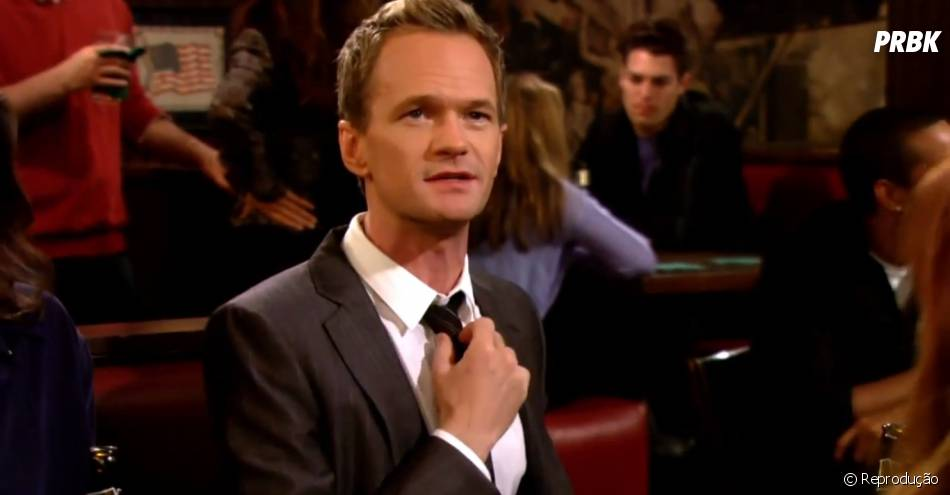 "Barney (Neil Patrick Harris) é o destaque do episódio com rimas de ""How I Met Your Mother"""