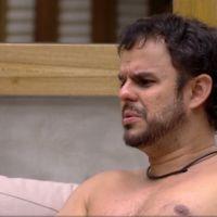 """No """"BBB15"""": Adrilles reclama de Amanda e fala sobre sua situação com Tamires"""