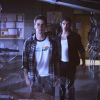 """Spoilers: o aguardado casamento de """"Revenge"""" e a primeira promo da nova temporada de """"Teen Wolf""""!"""