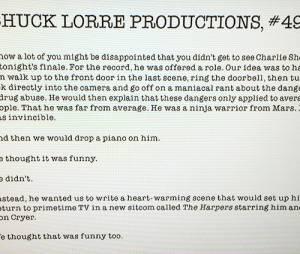 """Chuck Lorre brincou sobre a ausência de Charlie Sheen em """"Two and a Half Men"""" com um comunicado oficial"""