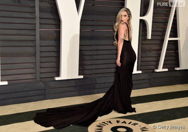 Lady Gaga agitou a festa pós-Oscar 2015 da revista Vanity Fair