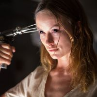 "Filme ""Renascida do Inferno"": Veja fotos e trailer do terror que vai te deixar tremendo na base!"