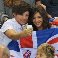 Louis Tomlinson, do One Direction, está solteiro! Cantor termina namoro com Eleanor Calder!