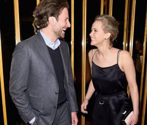 "Jennifer Lawrence e Bradley Cooper falam sobre filme ""Serena"", ""Joy"" e ""Guardiões da Galaxia"""