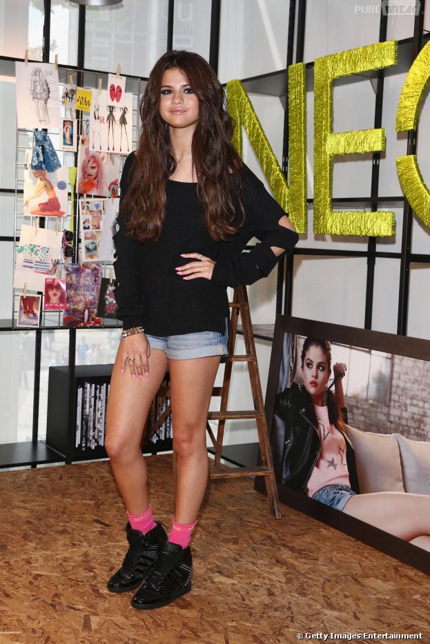 Selena Gomez faz parceria com a Adidas NEO e lança linha de roupas