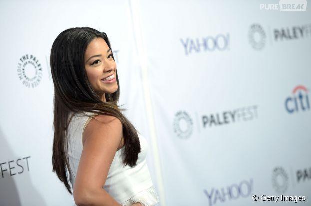 """Gina Rodriguez, a Jane de """"Jane the Virgin"""", elogia a sua personagem"""