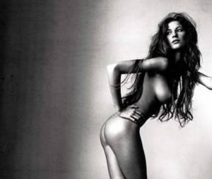 Primeira foto de Gisele Bündchen nua para a Vogue, feita pelo fotógrafo Irving Penn. A foto foi vendida em um leilão por US$ 193 mil