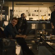 """De """"Os Vingadores 2"""": Tony Stark, Capitão América e mais tentam levantar o martelo do Thor em clipe"""