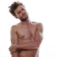 """De """"50 Tons de Cinza"""": Jamie Dornan peladão? Ator recebe proposta de US$ 1,5 milhão para nu frontal"""