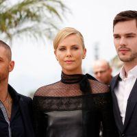"""De """"Mad Max"""": Charlize Theron, Nicholas Hoult e Tom Hardy dão as caras no Festival de Cannes 2015"""