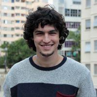 """Gabriel Leone, ex-""""Malhação"""", fala de Camila Queiroz em """"Verdades Secretas"""": """"Estamos prontos"""""""