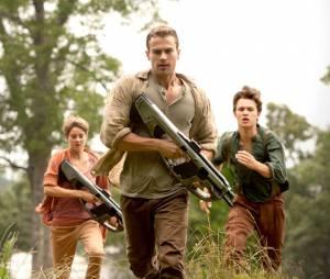 """""""Insurgente"""", último filme da série """"Divergente"""" a chegar aos cinemas, estreou em 19 de março"""