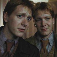 """J.K. Rowling, de """"Harry Potter"""", conta qual dos gêmeos Weasley é o mais velho. Descubra!"""