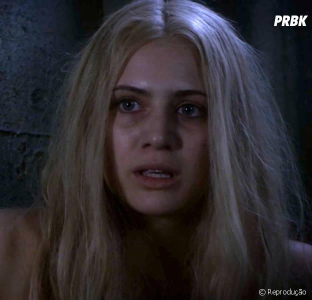 """Sara Harvey (Dre Davis) é a garota misteriosa que foi encontrada em """"Pretty Little Liars"""""""