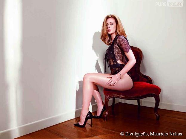 Confira uma galeria repleta de cliques de Marina Ruy Barbosa em pose bastante sensuais