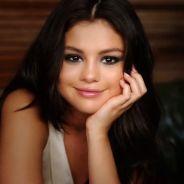 """Selena Gomez conta tudo e mais um pouco para os fãs nos bastidores do clipe """"Good For You""""!"""