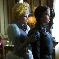"""De """"Jogos Vorazes: A Esperança - Parte 2"""": novo look de Katniss é revelado em mais uma foto do filme"""