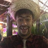 """Neymar aparece """"alegrinho"""" em vídeo viral filmado durante festa junina na sua própria casa!"""