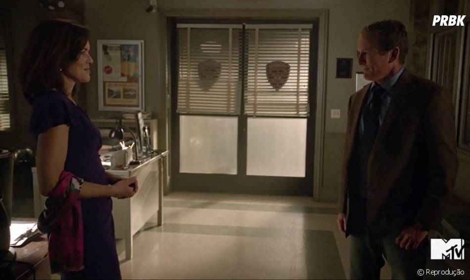 "O encontro do Xerife Stilinski (Linden Ashby) era com Natalie Martin (Susan Walters), a mãe de Lydia (Holland Roden) em ""Teen Wolf""!"