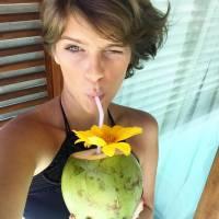 """Após """"Malhação"""", Isabella Santoni entra de férias e compartilha fotos nas redes sociais"""