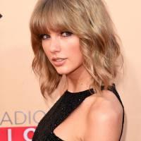 Taylor Swift desmente história da compra de um castelo para ficar perto de Calvin Harris
