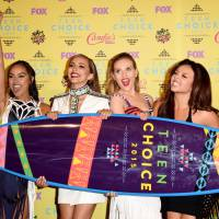 Teen Choice Awards: One Direction, Taylor Swift, Litlle Mix e outros astros que arrasaram no prêmio!
