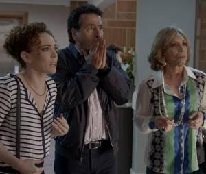 """Em """"Babilônia"""", Maria José (Laila Garin), Aderbal (Marcos Palmeira) e Consuelo (Arlete Salles) ficaram chocados ao descobrir que Laís (Luisa Arraes) está entre a vida e a morte"""