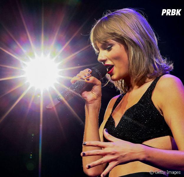 """Taylor Swift bateu mais um recorde na sua turnê do álbum """"1989""""!"""