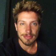 """Christian Villegas, o Daniel de """"Verdades Secretas"""", é só elogios a colegas de elenco: """"É uma aula"""""""