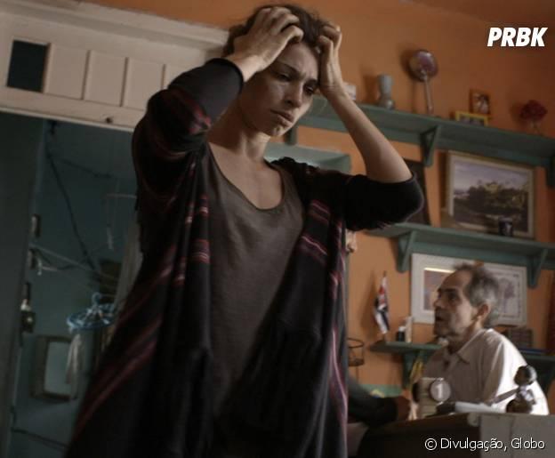 "Na novela ""Verdades Secretas"", Larissa (Grazi Massafera) é expulsa de apartamento e volta a morar na cracolândia!"