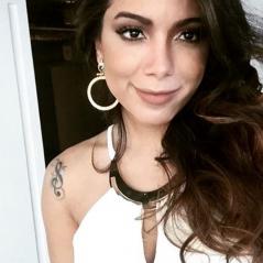 Anitta fez nova plástica? Cantora posta foto e fãs suspeitam que ela fez preenchimento labial!