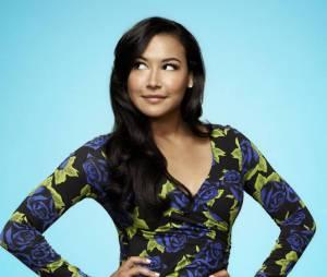 """Naya Rivera, a nova mamãe do pedaço, interpretou Santana em """"Glee"""""""